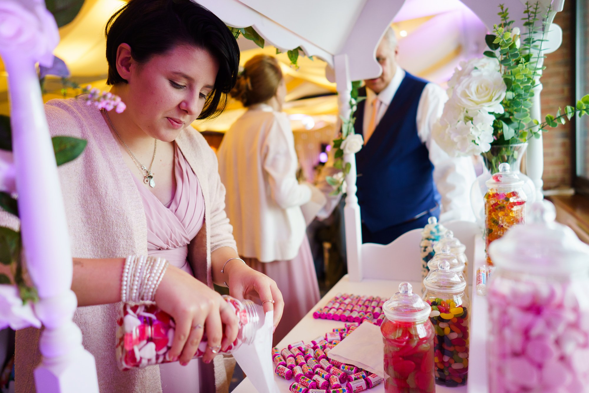 guests at sweetie cart at wedding