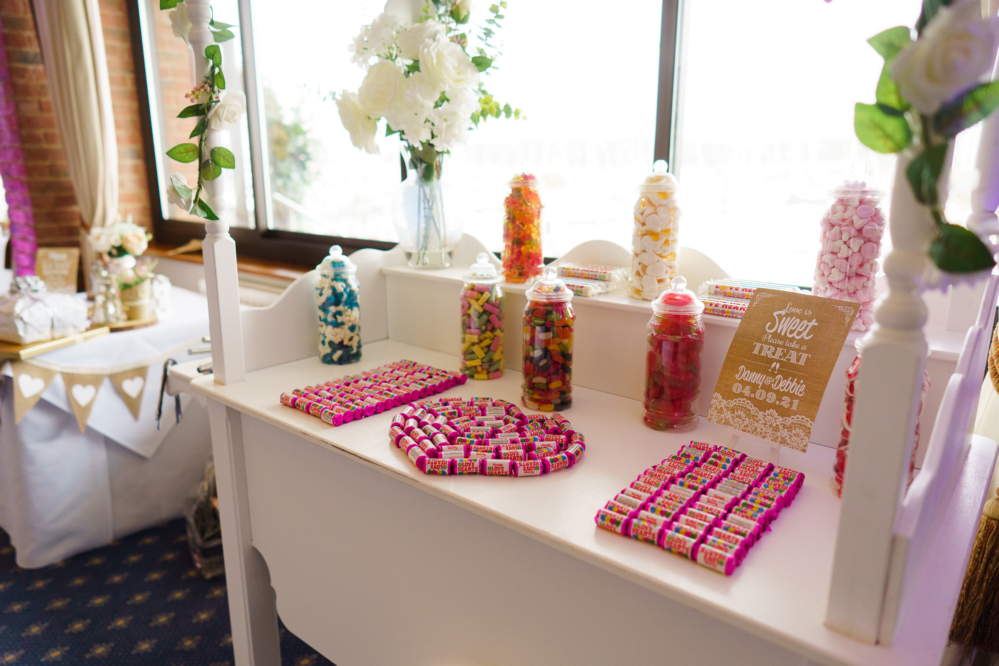 photo of candy bar at Debbie and Dan's wedding